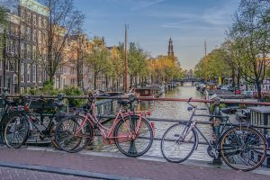 20160501_amsterdam_bicycles_lighter_0001